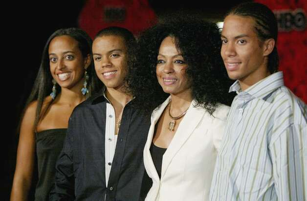"LOS ANGELES - SEPTEMBER 19: Musician Diana Ross and family members attend ""HBO'S Post Emmy Party"" at the Pacific Design Centre on September 19, 2004 in Los Angeles, California. (Photo by Mark Mainz/Getty Images)  *** Local Caption *** Diana Ross Photo: Mark Mainz, Getty Images / 2004 Getty Images"