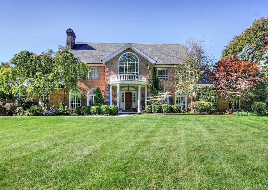 The property at 260 Homestead Lane is on the market for $2,595,000. Photo: Contributed Photo / Fairfield Citizen