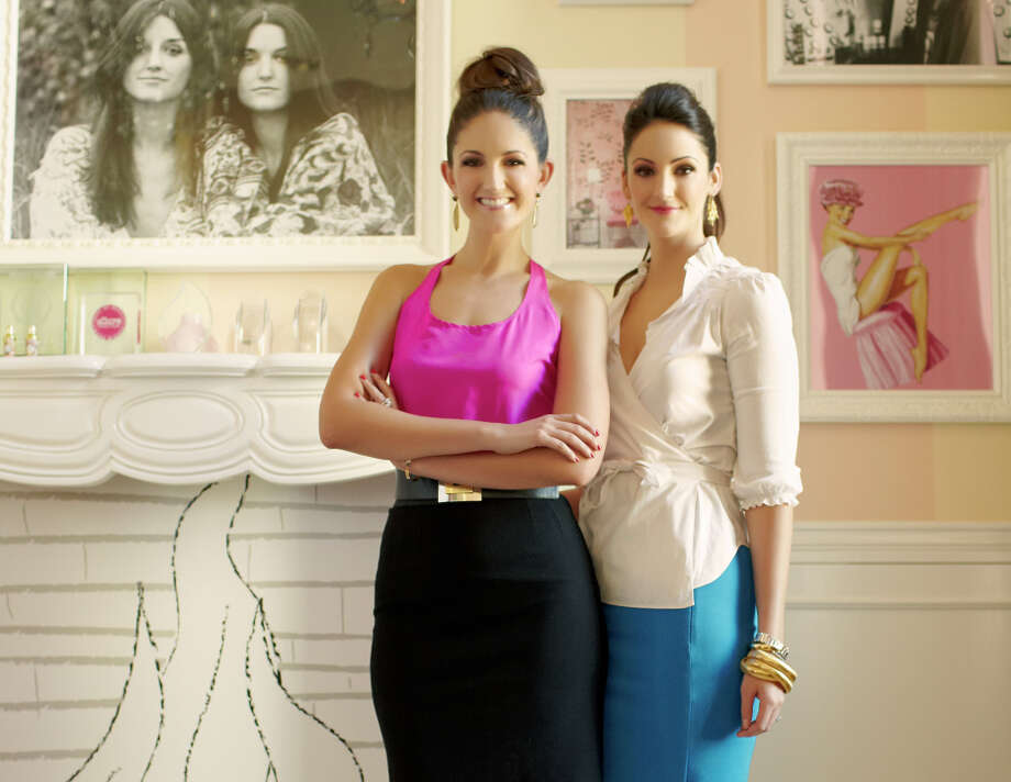 Benefit Cosmetics ambassadors Maggie (left) and Annie Ford Danielson. Photo: Benefit / ONLINE_YES