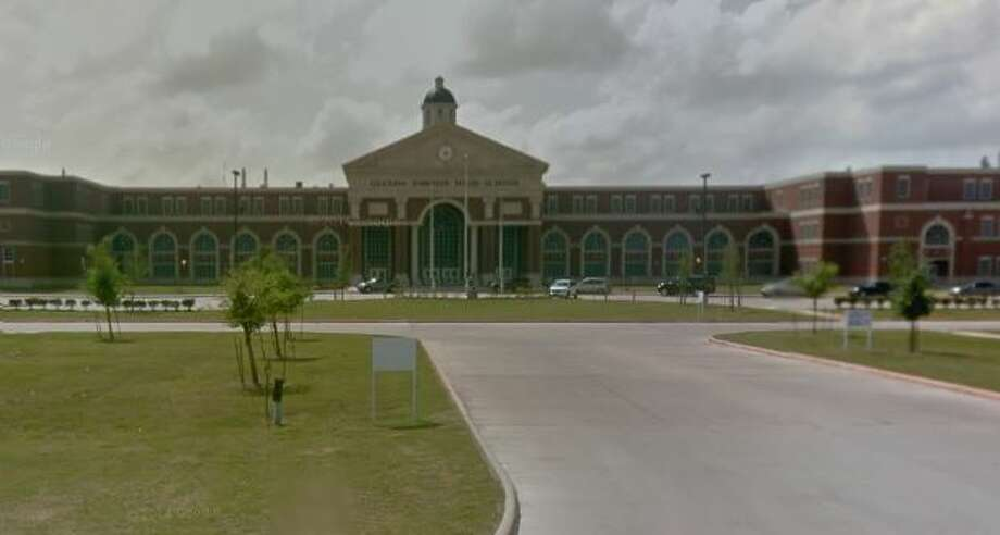 10. Glenda Dawson High SchoolPearland ISD, PearlandSAT Scores: 1880Student teacher ratio: 18:1Popular colleges: University of Texas at Austin, Texas A&M University, University of HoustonSource: Niche Photo: Molina, Maribel, Google Earth