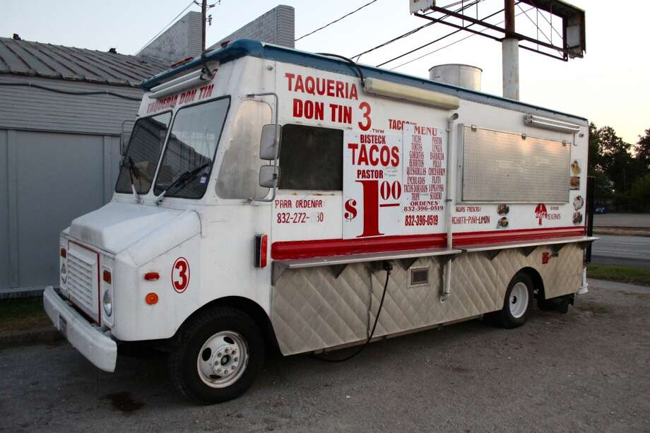 While waiting for a taco truck to pop up on your corner, take a look at the best Tex-Mex in Houston, according to Chron.com readers.