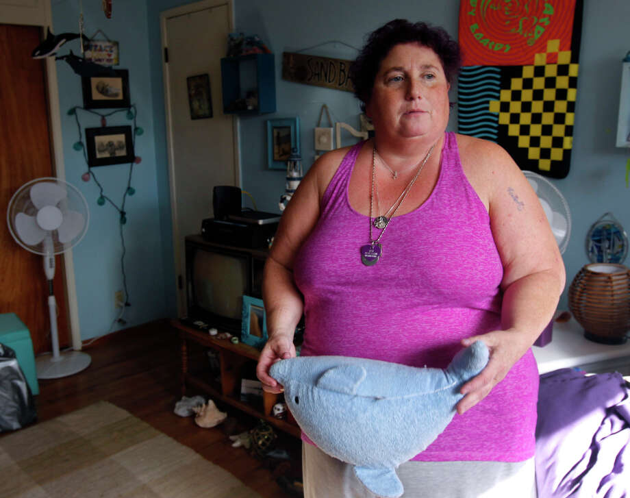 Jamie Leigh Himmelstein says she has been trying for years to find a treatment center that will accept her health insurance. Photo: Paul Chinn / The Chronicle / ONLINE_YES