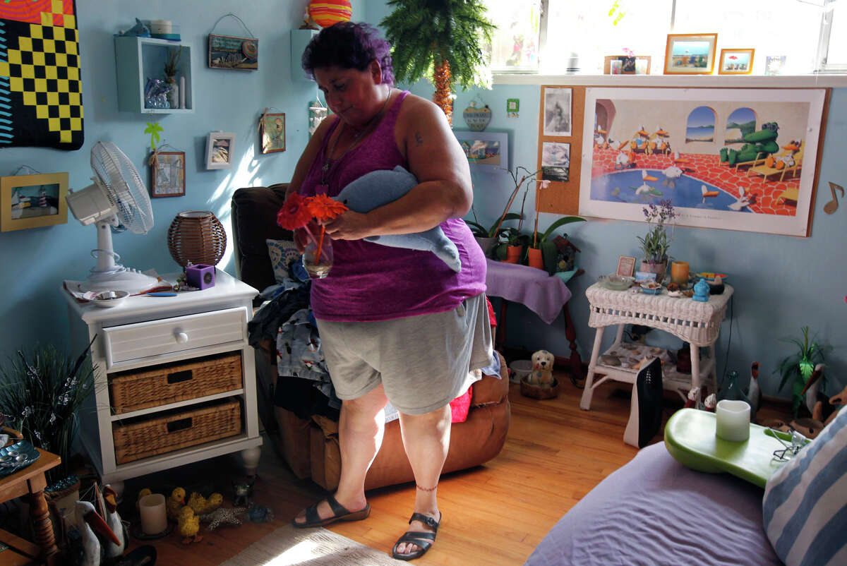 """Jamie Leigh Himmelstein of San Jose says her weight has fluctuated wildly for decades. """"I've lost 150 pounds three times. I've lost 90 pounds twice in my life,"""" Himmelstein says. """"I can't even count the times I've lost 30 or 50 pounds."""""""