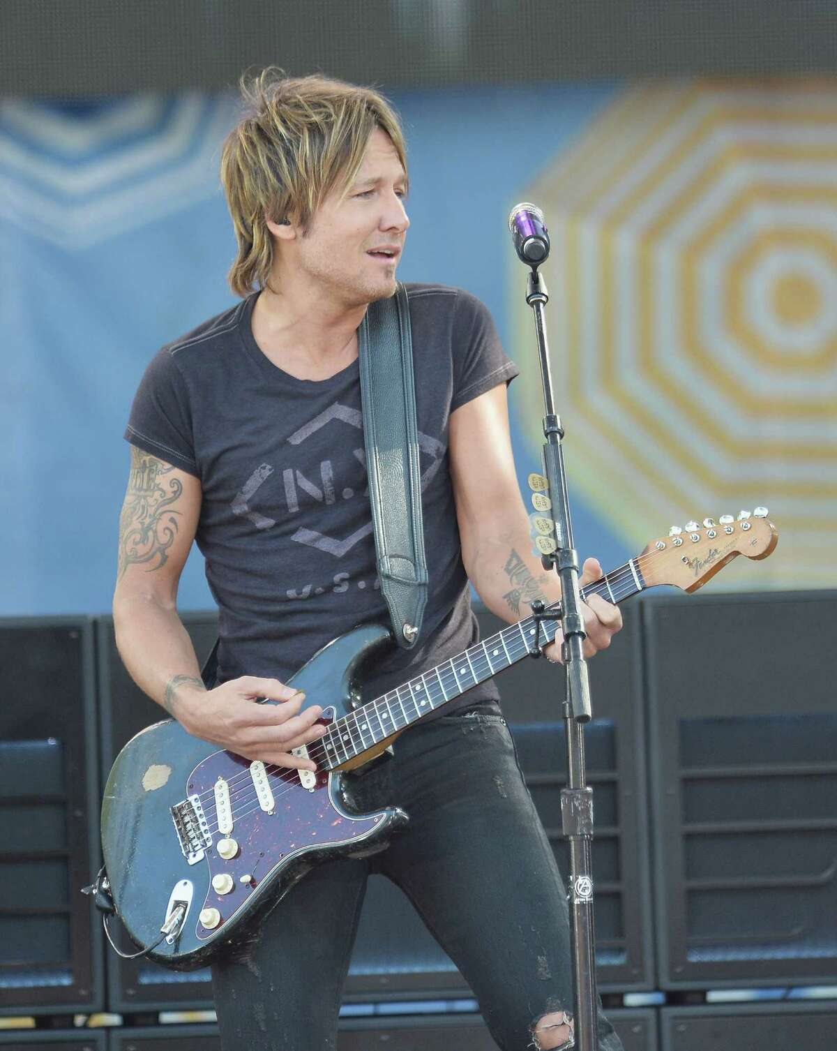 """Keith Urban, Feb. 14: Country music superstar, sex symbol and guitar hero (and former """"American Idol"""" judge) has had more than a dozen No. 1 hits, including """"But For the Grace of God,"""" """"Somebody Like You,"""" """"Days Go By,"""" """"Better Life"""" and """"We Were Us"""" with Miranda Lambert. Urban, who is married to Nicole Kidman, is still riding high with """"Fuse"""" and his latest Academy of Country Music Awards."""