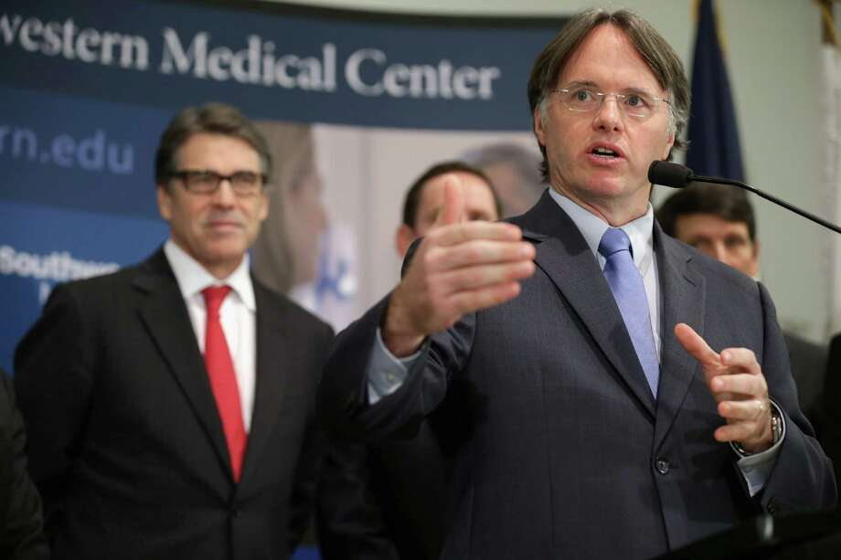 Texas To Allow Most Returning Ebola Workers To Self Quarantine