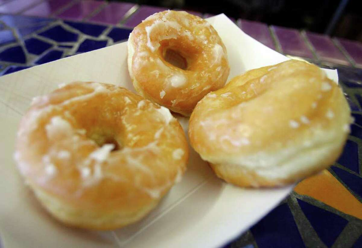 There are many different types of donuts . Yeasted donuts are made from a lightly sweetened yeasted dough that is deep-fried. These doughnuts possess a tender exterior and a fluffy interior.