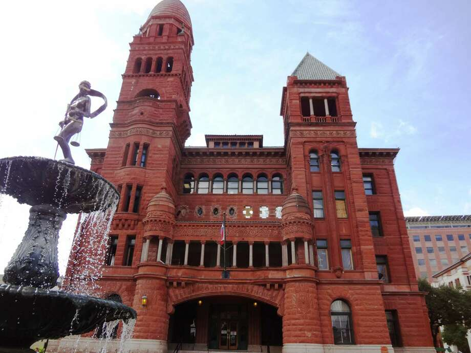 Work continued at the Bexar County Courthouse double-height courtroom early this month. The courtroom, on the second floor of the courthouse, is being renovated to its 1890's look and is nearly completed. The column capitals are replicas of one found in the attic at the courthouse. Photo: Steve Bennett / San Antonio Express-News