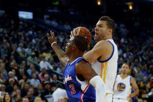 Warriors' David Lee back at practice, starts testing hamstring - Photo