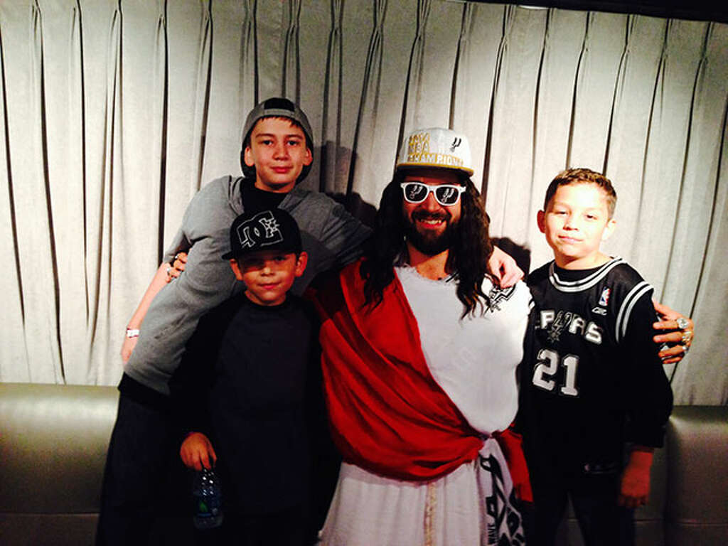 Spurs Jesus calls on Facebook to reinstate his page - San Antonio ...