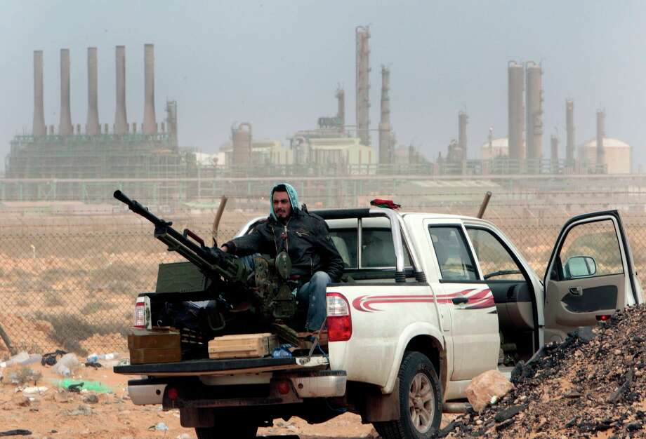 Photo: Hussein Malla, ASSOCIATED PRESS / AP2011