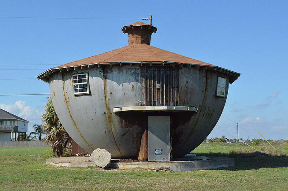 The Kettle House in Galveston.>>>See other odd Houston-area homes.