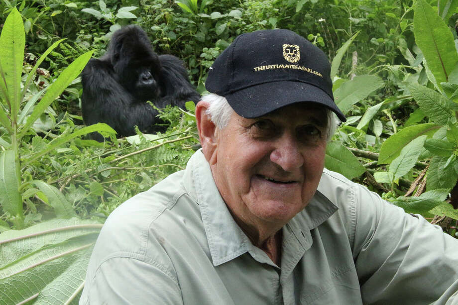 Les de Villiers, a self-declared safari addict and enthusiastic conservationist, will address the Senior MenâÄôs Club of New Canaan, Conn., Friday, Nov. 7. 2014. Photo: Contributed Photo, Contributed / New Canaan News Contributed