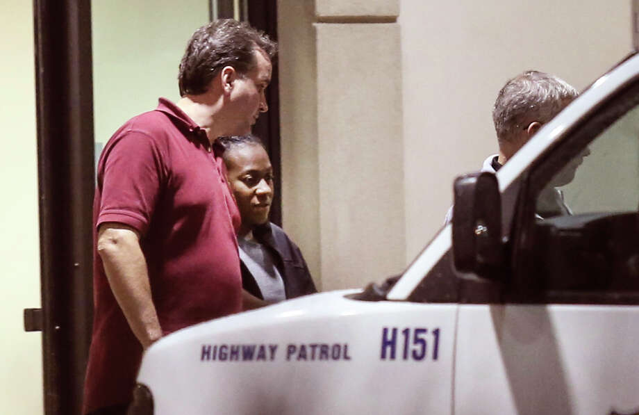 Carlesha Freeland-Gaither, who was abducted from a Philadelphia street, leaves a Maryland hospital. Photo: Steven M. Falk / Associated Press / Philadelphia Daily News
