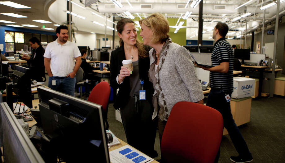 Lisa Manske shows her mother, Diane, around her workspace during the Bring in Your Parents Day event at LinkedIn. Photo: Michael Macor / The Chronicle / ONLINE_YES