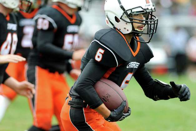 Cambridge's Andy Romak, right, returns a kick during their football game against Hoosic Valley on Saturday, Oct. 18, 2014, at Cambridge High in Cambridge, N.Y. (Cindy Schultz / Times Union) Photo: Cindy Schultz / 00029061A