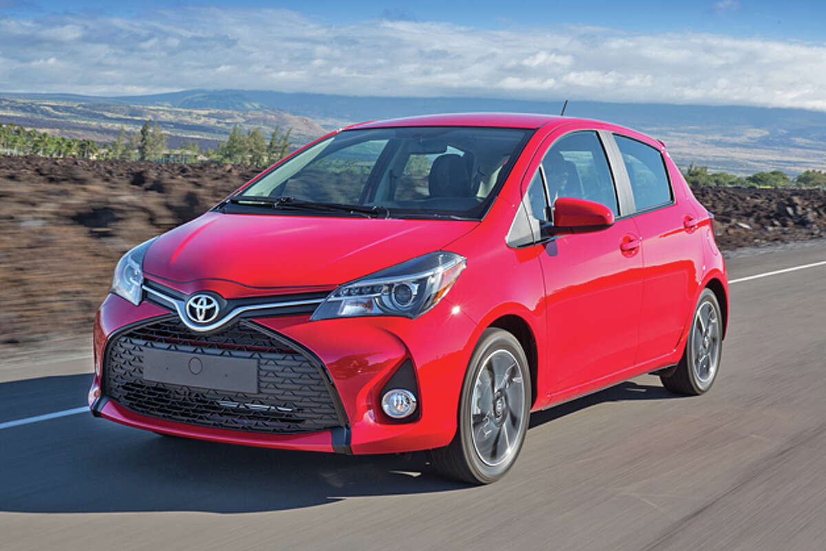 2015 Toyota Yaris 5-door SE Liftback (photo courtesy Toyota)