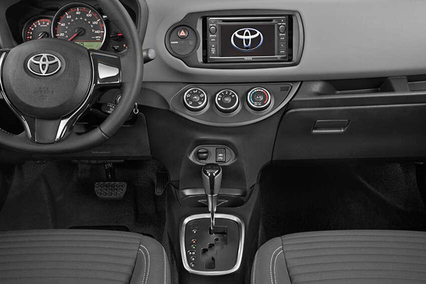 2015 Toyota Yaris 5-door SE Liftback (photo courtesy Toyota)