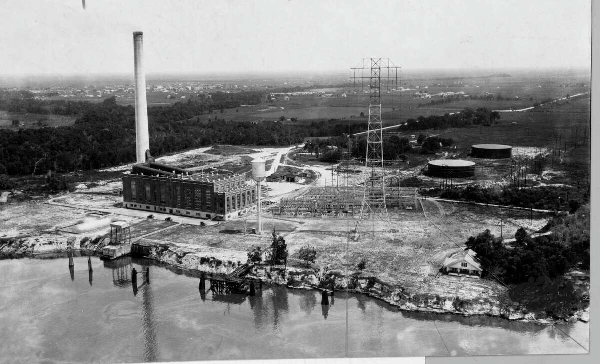 February 1938: Deepwater Generating Station, Houston Lighting and Power Co.
