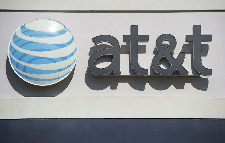 Dallas-based AT&T is acquiring Mexico's Iusacell. Photo: SAUL LOEB, Staff / AFP