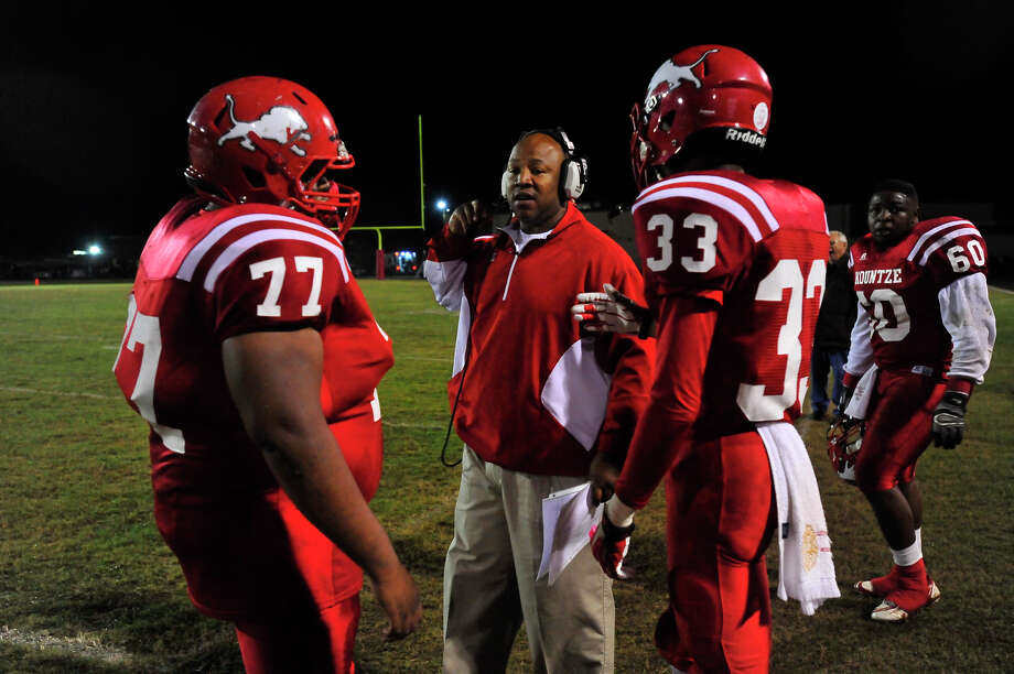 Kountze's defense get coaching advice in-between plays with Anahuac during Friday's game at Kountze High School. Photo taken Friday, November 7, 2014 Kim Brent/@kimbpix Photo: KIM BRENT / Beaumont Enterprise