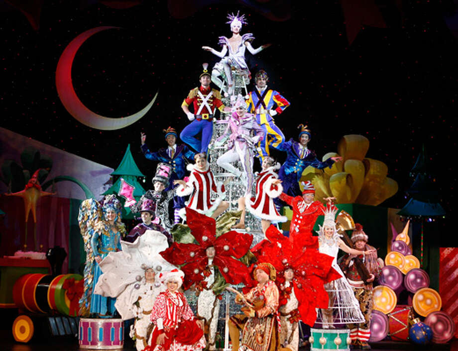 """Broadway San Jose presents """"Cirque Dreams Holidaze: The Family Holiday Spectacular."""" Photo: Broadway San Jose / ONLINE_YES"""
