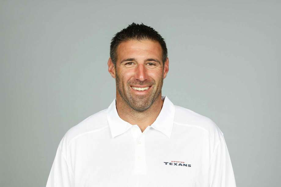 Mike Vrabel  Houston Texans    2014 NFL photo  This is a 2014 photo of Mike Vrabel of the Houston Texans NFL football team. This image reflects the Houston Texans active roster as of Friday, June 20, 2014 when this image was taken. (AP Photo) Photo: NA, FRE / ONLINE_YES