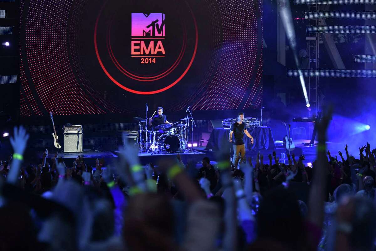 MIAMI, FL - NOVEMBER 09: Jake Miller performs on stage during the 2014 MTV EMA Kick Off at the Klipsch Amphitheater on November 9, 2014 in Miami, Florida.