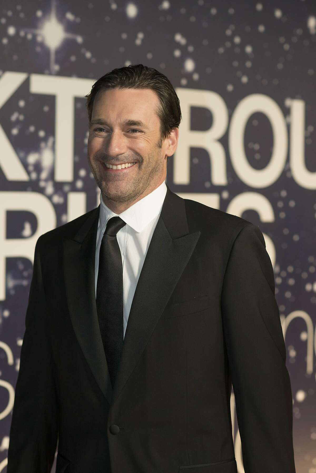Jon Hamm arrives at the 2nd Annual Breakthrough Prize Award Ceremony at the NASA Ames Research Center on Sunday, Nov. 9, 2014 in Mountain View, California.