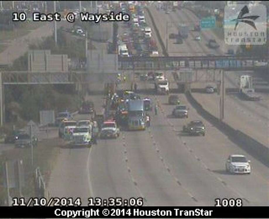 A four-vehicle accident including a heavy truck that lost its load is impacting Interstate 10 traffic headed toward downtown. Photo: Houston TranStar
