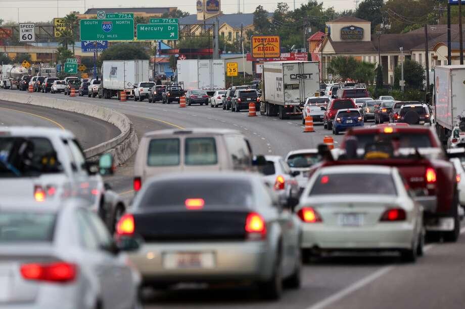 Interstate 10 westbound traffic backs up Tuesday morning at John Ralston Road because of the bridge repair at I-610. Photo: Gary Coronado / Houston Chronicle