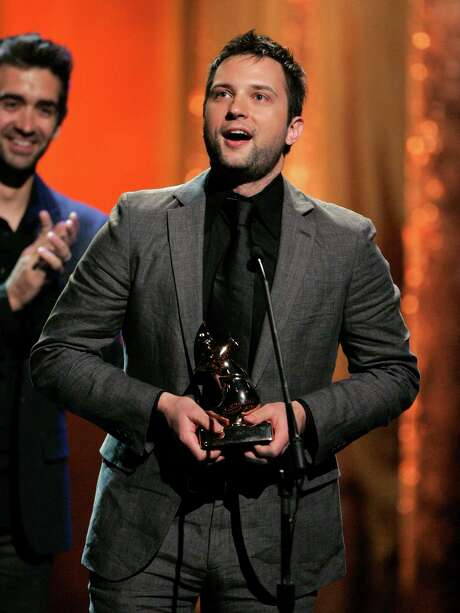 Brandon Heath accepts the award for new artist of the year at the Dove Awards show in Nashville, Tenn., in 2008. Photo: Mark Humphrey, STF / AP