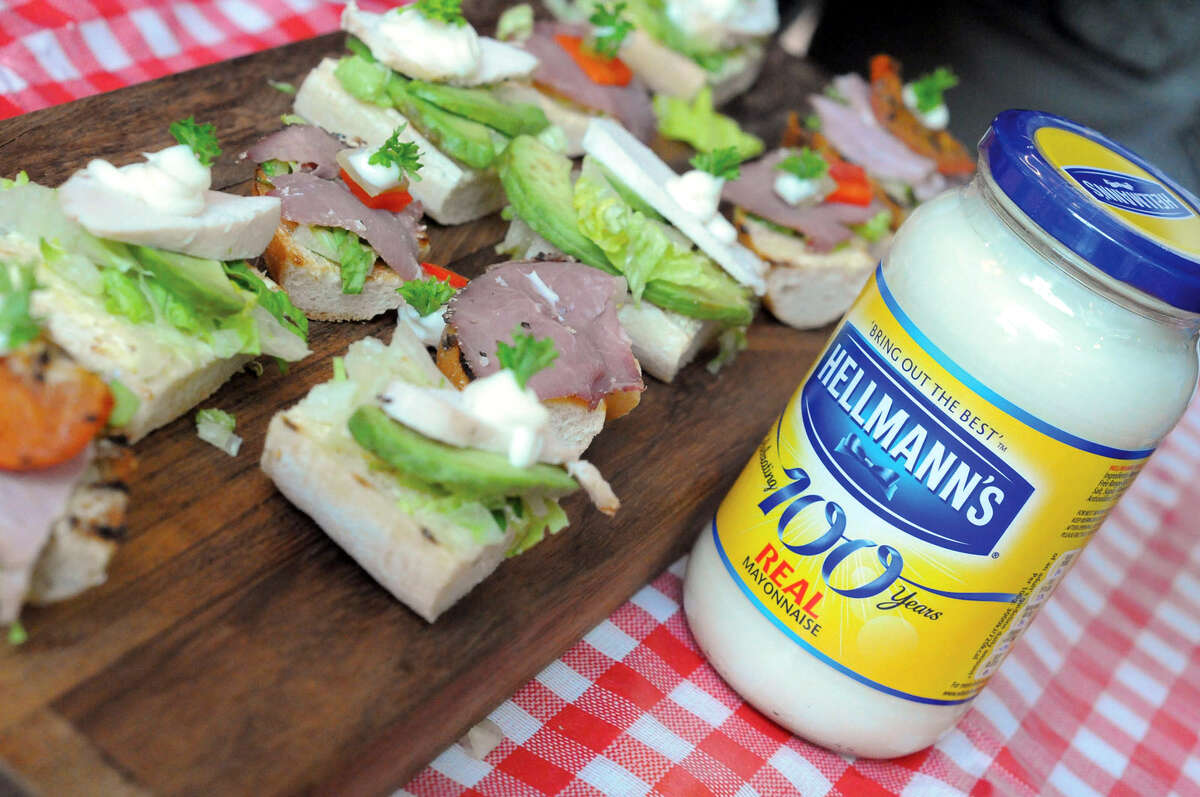"""This undated product image provided by Unilever shows Hellmann's real mayonnaise. Hellmann's owner Unilever on Oct. 31, 2014 filed a lawsuit against a California company that uses the word """"Mayo"""" in its sandwich spread name, saying that federal regulators and dictionaries define mayonnaise as a spread that contains eggs. (AP Photo/Unilever) ORG XMIT: MER2014111115222108"""