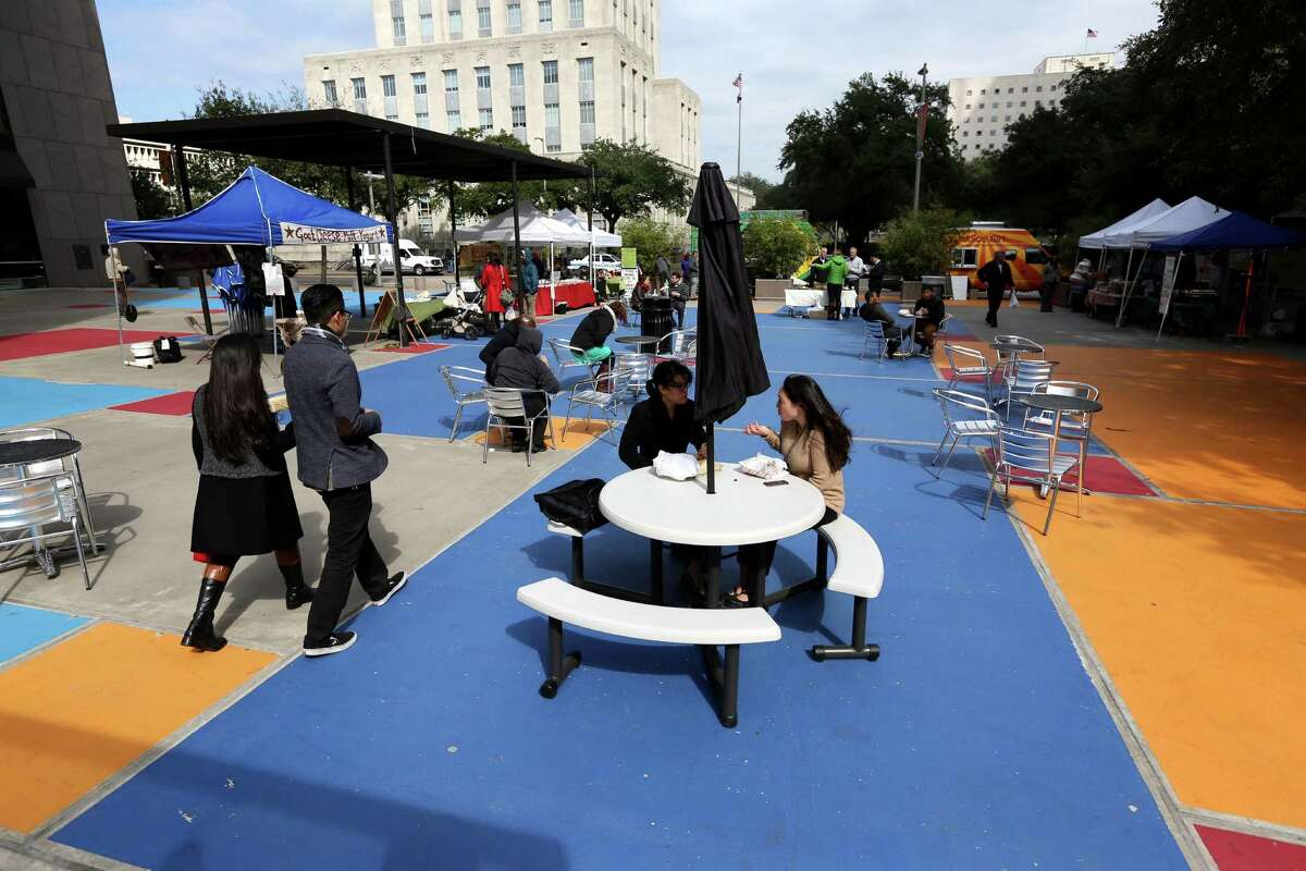 Mayor Annise Parker and other officials announced improvements to the Central Library Plaza to be funded by a grant from Southwest Airlines in partnership with the national non-profit Project for Public Spaces.