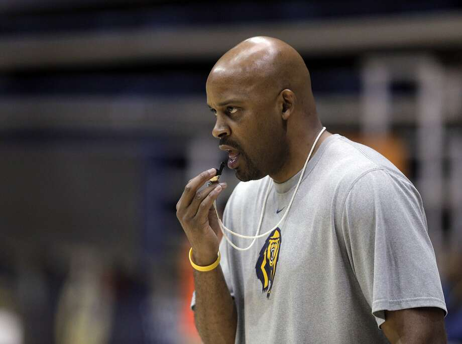 Basketball coach Cuonzo Martin watches his players do drils during the Cal men's basketball practice at Haas Pavilion in Berkeley, Calif., on Tuesday, November 11, 2014. Photo: Carlos Avila Gonzalez, The Chronicle