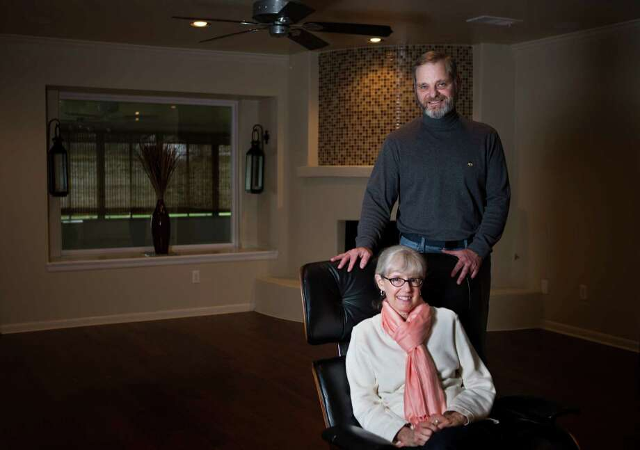 Pat Deeves and her husband, Sheldon Bloch, will be moving to their new home on Monday. Deeves and Bloch have been hunting for a home in the Meyerland area for the past two years. Photo: Marie D. De Jesus, Staff / © 2014 Houston Chronicle