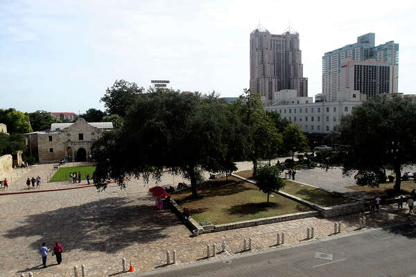 Council pleased with Alamo Plaza vision - ExpressNews com