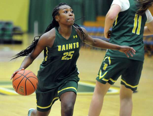 Siena's Tehresa Coles drives to the hoop during basketball practice on Friday, Nov. 7, 2014, at Siena College in Loudonville, N.Y. (Cindy Schultz / Times Union) Photo: Cindy Schultz / 00029383A