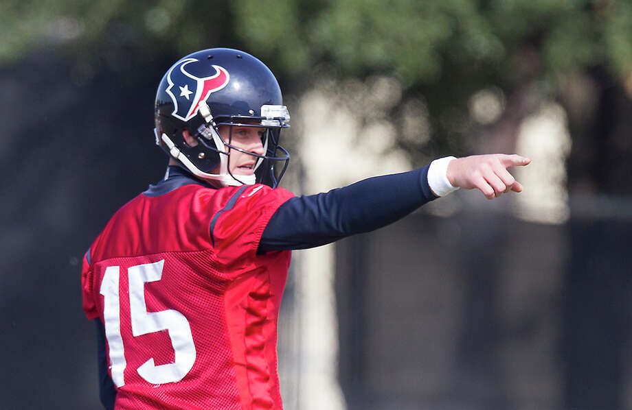 Ryan Mallett asserts himself at practice Wednesday as he prepares for the first starting assignment of his NFL career. Photo: Cody Duty, Staff / © 2014 Houston Chronicle