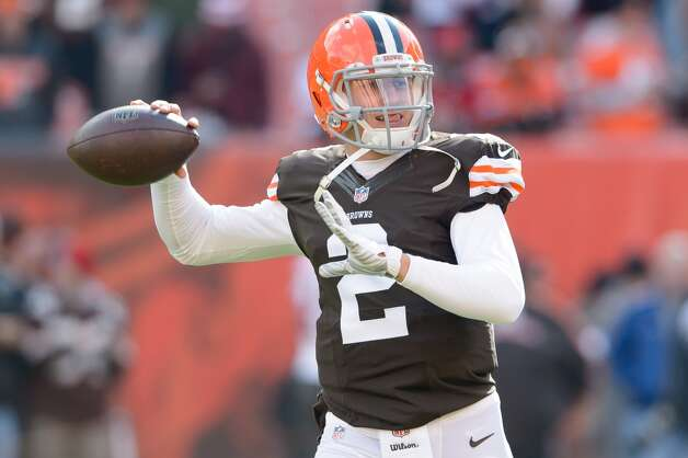 CLEVELAND, OH - NOVEMBER 2: Quarterback Johnny Manziel #2 of the Cleveland Browns warms put prior to the game against the Tampa Bay Buccaneers at FirstEnergy Stadium on November 2, 2014 in Cleveland, Ohio. (Photo by Jason Miller/Getty Images) Photo: Jason Miller, Getty Images