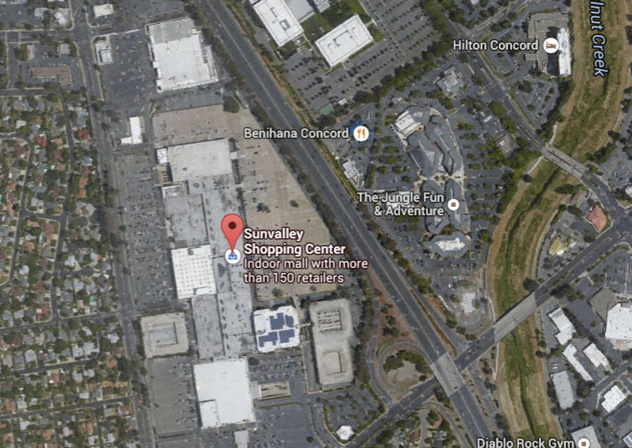 A carjacking suspect was shot in the parking lot at the Sunvalley Shopping Center. Photo: Google Maps