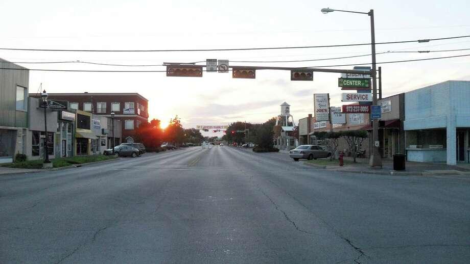 Best10. Grand Prairie, Texas Photo: Wikimedia Commons/courtesy / COPYRIGHT, 2009