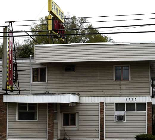 Exterior view of the Skylane Motel Thursday afternoon Nov. 13, 2014 in Colonie, N.Y.    (Skip Dickstein/Times Union) Photo: SKIP DICKSTEIN / 00029473A
