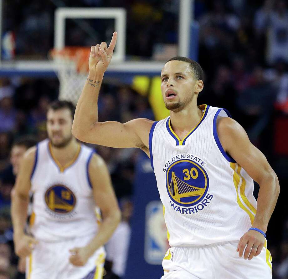 Stephen Curry has extraordinary stats when playing against Charlotte. Photo: Ben Margot / Associated Press / AP
