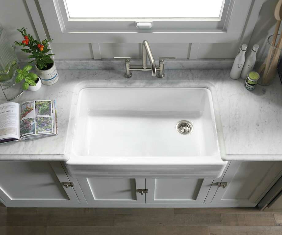 Having An Offset Drain In A Single Bowl Sink Allows More Area For Placing  Dishes