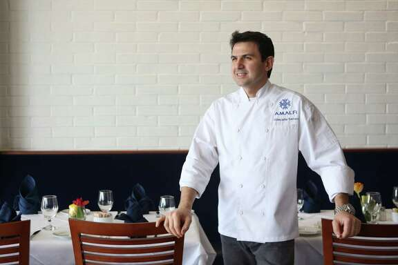 Chef Giancarlo Ferrara has opened his own upscale Italian restaurant called Amalfi Ristorante Italiano & Bar, which features foods of his native Salerno, Italy.