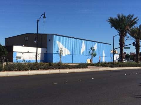 S F  artist Rigo takes his work to San Leandro - SFGate