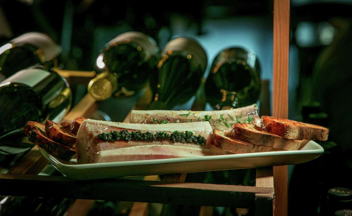The bone marrow at Les Clos in San Francisco is served with grilled bread.