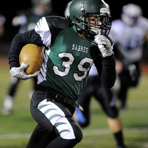 Schalmont's Hunter Gac gains yards during their Class B state quarterfinal football game against Peru on Friday, Nov. 14, 2014, at Shenendehowa High in Clifton Park, N.Y. (Cindy Schultz / Times Union) Photo: Cindy Schultz / 00029471A