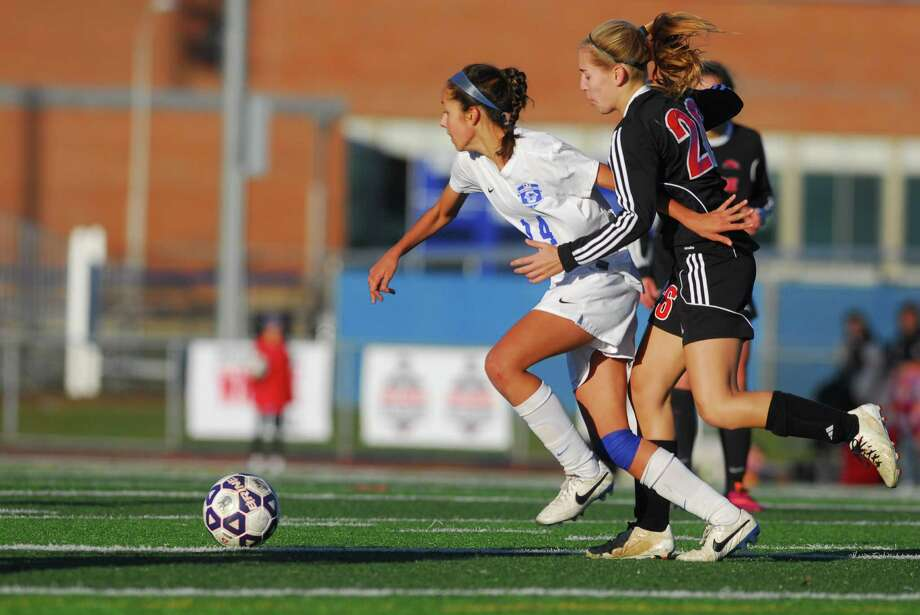 CIAC Class LL state girls soccer championship action between Fairfield Warde and Glastonbury in West Haven, Conn. on Saturday Nov. 15, 2014. Glastonbury went on to beat Warde in double overtime, 2-1. Photo: Christian Abraham / Connecticut Post
