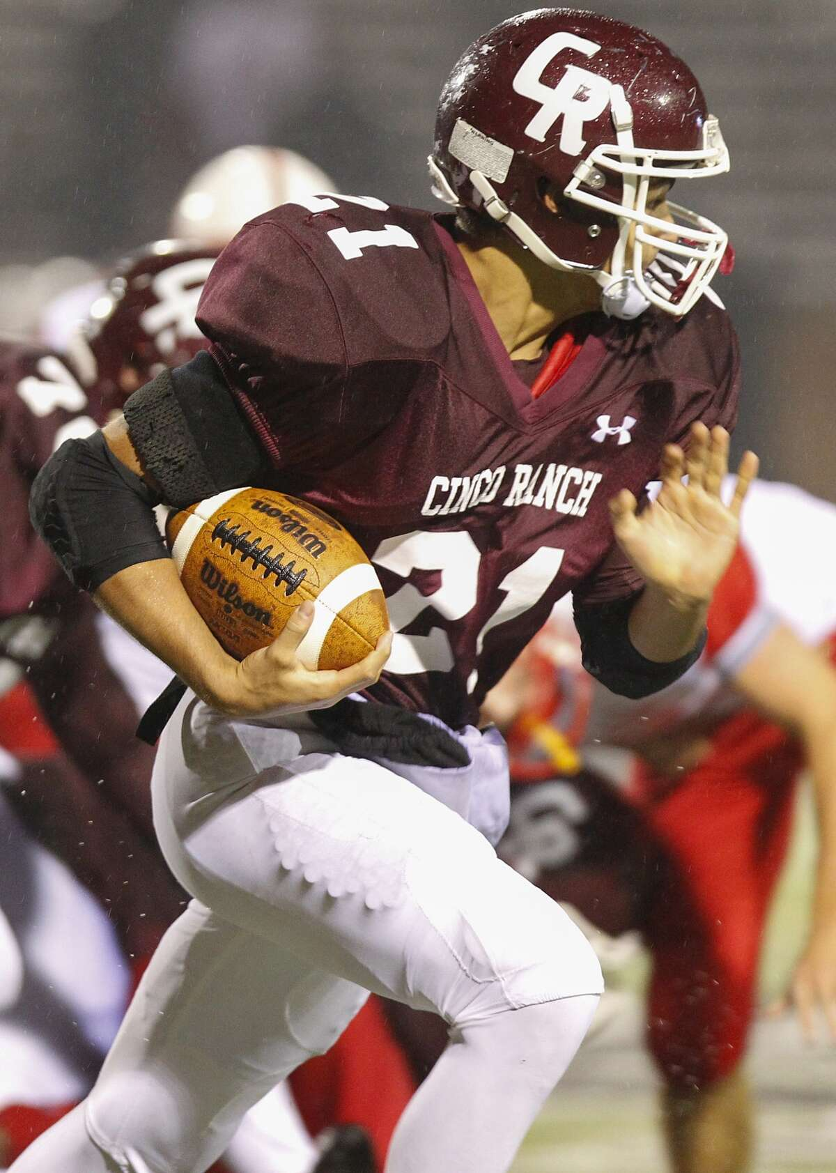 Cinco Ranch's Jonathan Lugo and the Cougars face Cy Ranch in the area round of the playoffs.